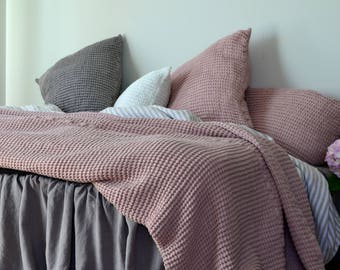 NEW Rose Quartz Waffle Textured Linen Quilt / Bed cover/ Linen Blanket/Coverlet. Super Heavy weight linen. Large size