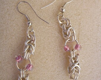 Byzantine Chainmaille Earrings with Mauve seed beads, Chainmaille, Chainmaille earrings, silver earrings, gift for her, unique gift