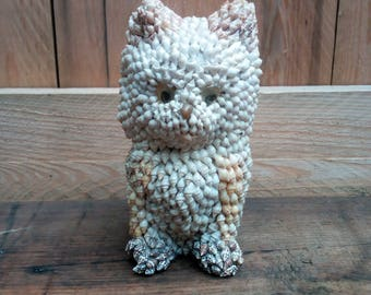 Shells 1970 cat ornament