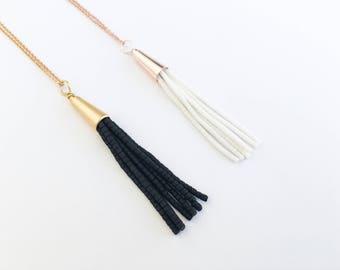 Rose Gold weiße Quaste, Schwarz Gold Quaste Halskette, Schmuck, Schichtung, Fransen, Quaste Halskette
