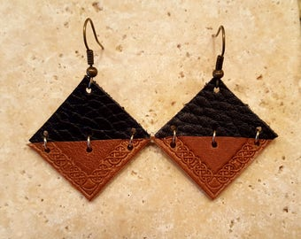 Black and brown leather earings