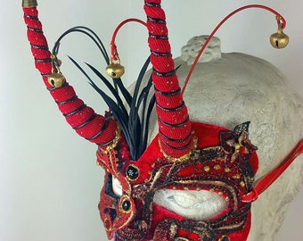 Red and Black Mens Masquerade Mask//Masquerade Mask Mens//Masquerade Mask//Masquerade Ball Mask//Mask//Halloween Mask//Mardi Gras Mask