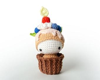 Amigurumi Cupcake Ella lalylala crochet pattern • birthday cake • birthday present, gift