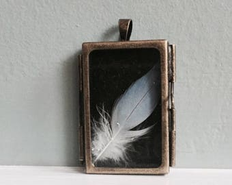 Feather Door Locket