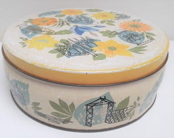 Old Dutch biscuit tin or cookie canister issued by Verkade