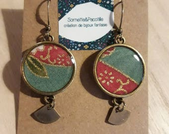 Fabric Japanese flowers and foliage, pink earrings, blue, gold. Cabochon 18mm + limited edition/resin/charm bronze finish