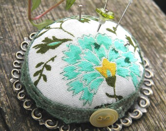 Cornflower Tea Pincushion Brooch