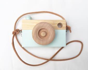 Toy Camera    Beach Blue    Pine    Leather Camera Strap