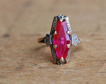 Vintage 1930s 10K simulated ruby cocktail dinner ring