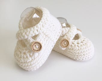 Baby Ballet Slippers, Crochet Baby Booties, Baby Shoes, Baby Girl, Baby Gift, Baby Shower Gift, Newborn Photo Prop Newborn Girl Ballet Shoes
