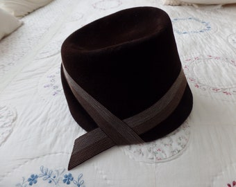 Vintage Mr. John Classic Cloche Hat Brown Velvet
