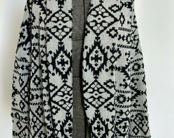 Cozy Cardigan-Women's Flowy Cardigan-Gray & Black Jacquard Knit Cardigan-Loose Dolman Sleeve Cardigan-Fall Cardigan - Tunic Length Cardigan
