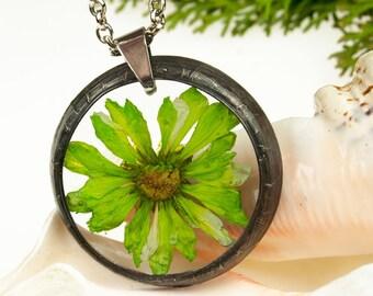Dried flower necklace 1077 Romantic jewelry Terrarium necklace  Gift for her Dried flower jewelry Real plant jewelry Resin jewelry