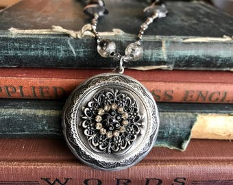 Art Deco Jewelry, Art Deco Locket, Victorian Locket, Victorian Jewelry, Art Deco Necklace
