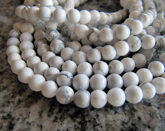 Howlite Beads in Ivory White and Gray, 5mm to 6mm, Round, 1 Strand 15 Inches, Approx 68 Pieces