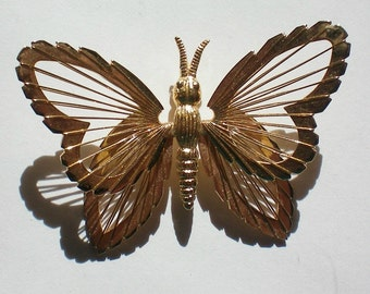 Wire Wing Butterfly Pin - 3330