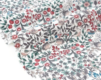 Cotton twill soft floral print background ecru x50cm