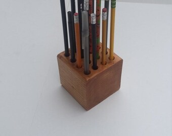 Inventory Reduction Sale Classic Wooden Pencil/Pen/Color Pencil Holder
