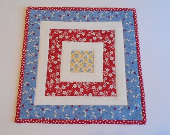 Retro Quilted Table Topper, Feedsack Reproduction Quilted Table Runner, Quilted Candle Mat, Vintage Style Table Topper, Red White Blue
