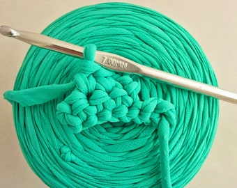 Trapillo, 1 roll of mint green water, to crochet 7 800 gr. REF E/217