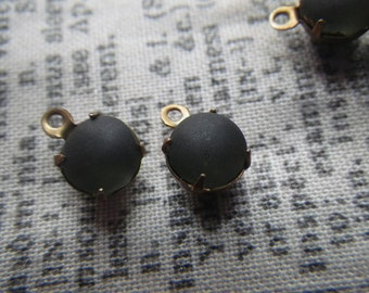 Frosted Smoky Black DIamond Vintage Round Chaton SS30 6mm Glass Brass Ox Drops One Loop 6 Pcs