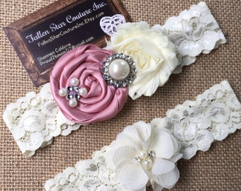 Wedding garter / David's Bridal Petal / wedding  garter SET / bridal  garter/  lace garter / vintage lace garter