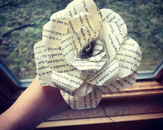Custom Rose made with Book Pages, Home Decor, Wedding, Anniversary