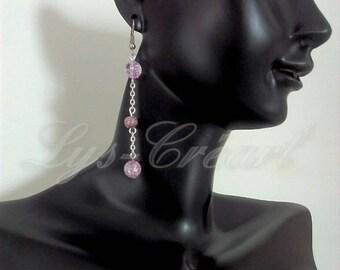 Dangling earrings, pearl purple Crackle effect - By Lily Creart'