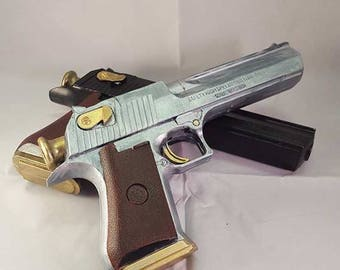 Replica Ebony and Ivory Style Guns (devil may cry)