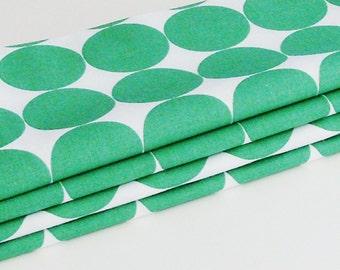 Emerald Green Circles Cotton Napkins / Set of 4 / Crisp Modern Trendy Eco-Friendly Table Decor / Unique Gift Under 50