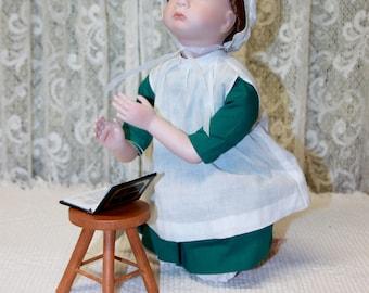 Amish Blessings, Amish Doll, At Prayer
