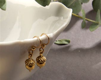 Acorn Earrings - Gold Acorn Earrings - Fall Earrings - Autumn Earrings - Drop Earrings
