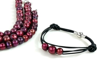 Red Bracelet, Pearl Bracelet, Black Leather and Pearl Bracelet, Bohemian Leather Bracelet, Magnetic Clasp, Jewelry Gift for Her