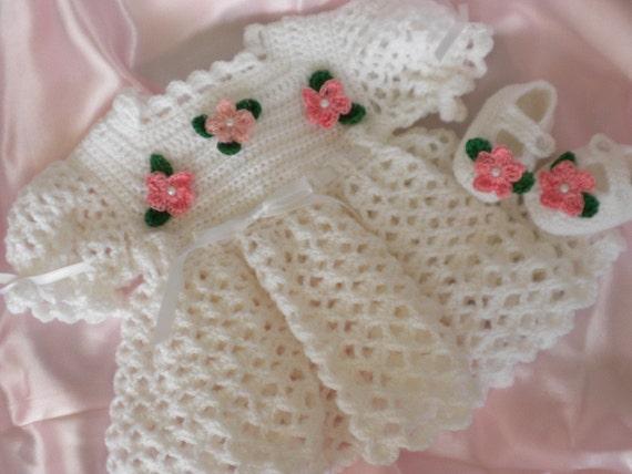 Häkeln Sie Baby Kleid White Baby Neugeborenes Babykleid