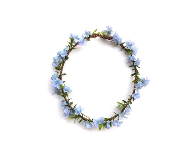 Woodland crown with light blue flowers, realistic flower crown with greenery and blue baby's breath