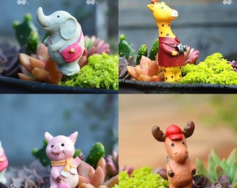 Miniature Tiny Funny Animals with Bag and Camera Outing , Fairy Garden Supplies Terrarium Accessories Animals Figurines