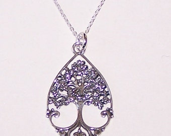 Sterling TREE OF LIFE Oval  Pendant and  Chain - Celtic, Irish, Scottish