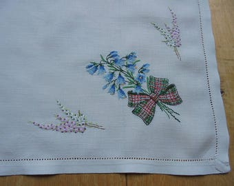 Vintage Scottish Heather And Bluebells And Tartan Bow Embroidered Linen Table Mat or Tray Cloth