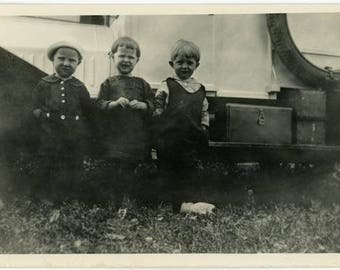 "Vintage Photo ""The Little Travelers"" Snapshot Antique Black & White Photograph Found Paper Ephemera Vernacular Interior Design Mood - 126"