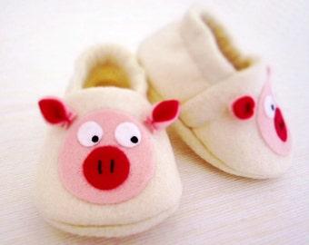 Pig Baby Booties - Newborn, Infant, Baby Slippers, Crib Shoes, Footwear, 3 - 18 Months - Pig / Piggies