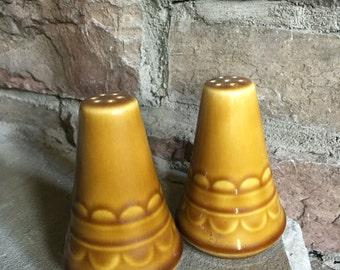 Homer Laughlin Castilian Salt & Pepper Coventry Vintage Shakers - #5860