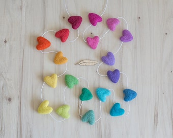 Full Rainbow Felted Heart Garland, Nursery Bunting, Kids Room Decor, Heart Banner Photo Prop, Gender Neutral Nursery Decor, Rainbow Party