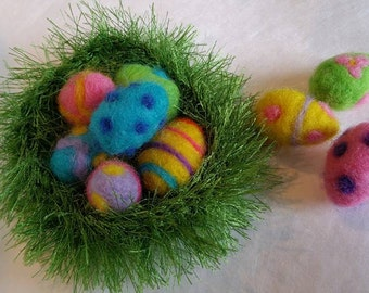 Needle Felted Easter Eggs in Crocheted Green Nest, 6 Easter Eggs & 1 Nest, Easter Decoration, Easter