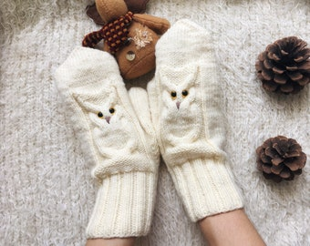 Owl Knit mittens women owl lovers gift for friend Winter knit gloves Wool mitts birthday gift for sister Autumn
