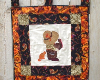 PDF - Sunbonnet Sue and Sam Thanksgiving Wall Hangings Pattern - Makes 2