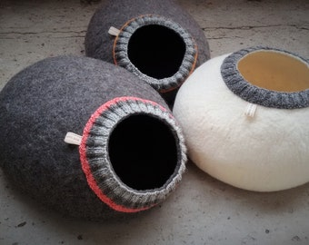 Pet bed - cat cave - cat house - dog bed - handmade wool cat bed - eco - grey - white - brown - Easter gift