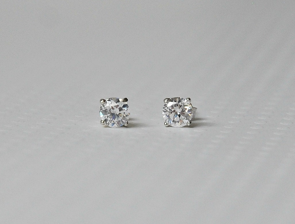 Tiny Diamond Stud Earrings Round Clear Or Black Sterling