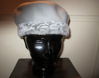 Vintage Wool Hat With Faux Trim