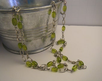 Lovely Silver and green stone chain necklace.