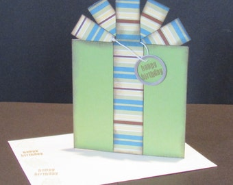 Birthday Present Card - Gift Card / Money Holder - Green